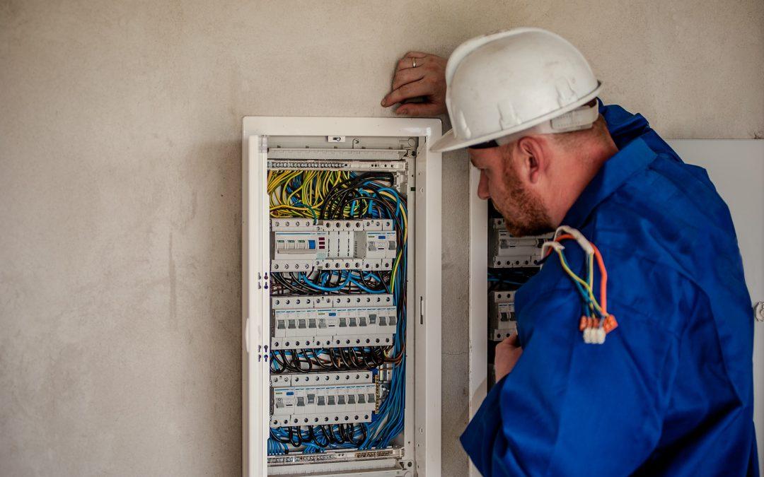 Elektrikář – údržbář